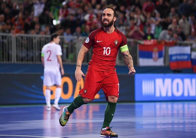 b6e9f1ecca Futsal  Ricardinho vai ser homenageado em Gondomar - Futsal - SAPO ...