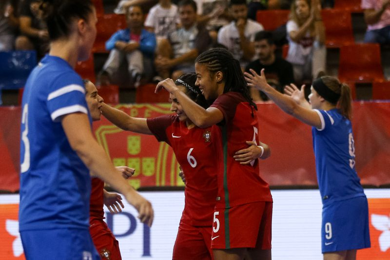3f7a967766 Portugal goleia Hungria em jogo de preparação para o Europeu de futsal  feminino