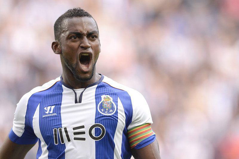 FC Porto vs Sporting • epa04452520 FC Porto's Colombian forward, Jackson Martínez, celebrates a goal against Sporting during the Portugal Cup soccer match held at Dragao stadium in Porto, Portugal, 18 October 2014.  EPA/FERNANDO VELUDO