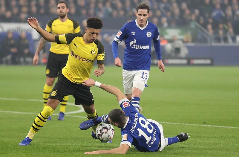 Dortmund sofre para vencer Schalke 7e684da4685e0