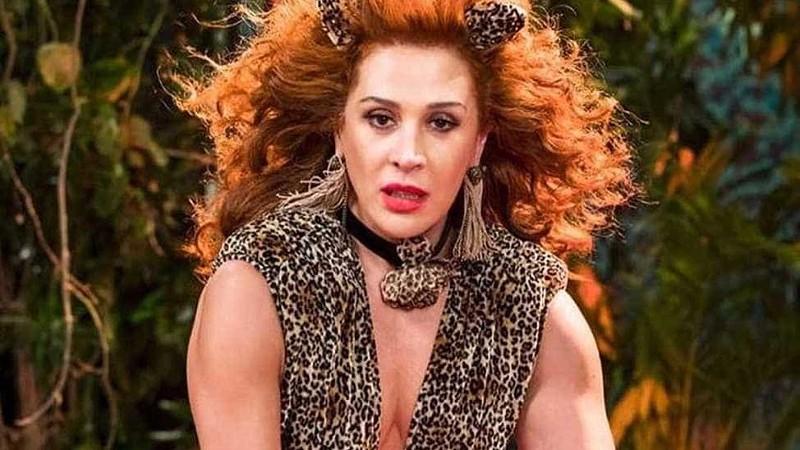 0f06d4399 Cláudia Raia em modo pantera sensual