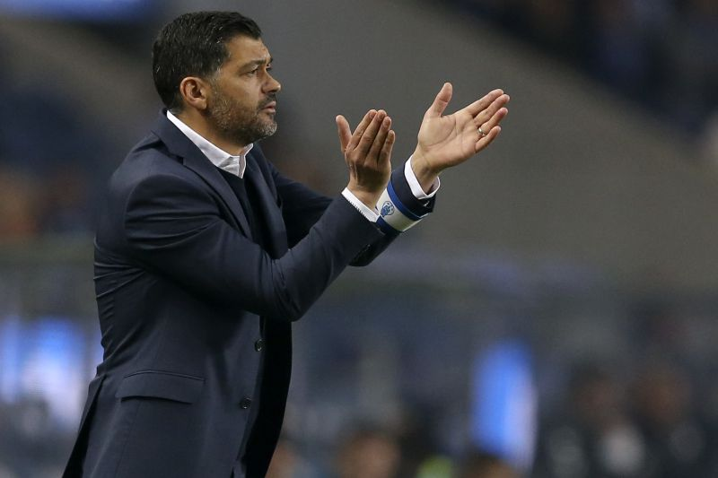 Sérgio Conceição aposta no onze do Benfica, mas refere: