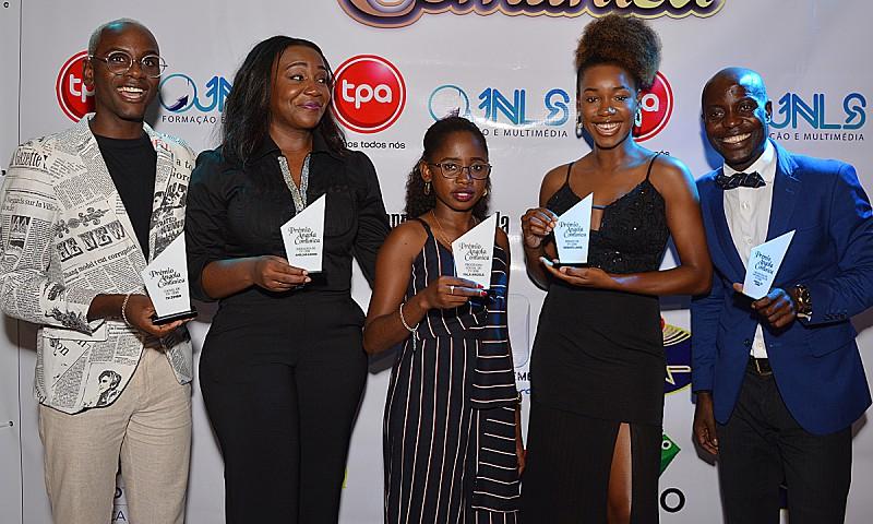Angola Comunica: TV Zimbo volta a dominar em noite de premiação