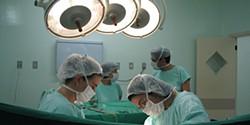 Hospitais de Coimbra querem reduzir o risco de AVC com cirurgia sofisticada