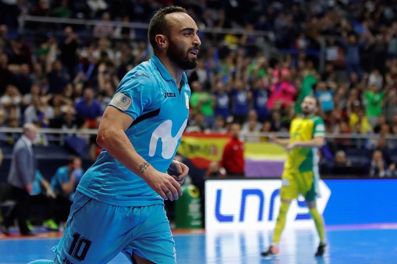 "Ricardinho felicita Sporting pela passagem à final da UEFA Futsal Cup. "" 002b93ee4255d"