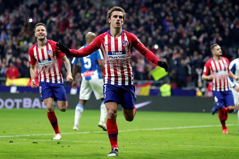 Atlético Madrid vence e pressiona o líder FC Barcelona - La Liga ... bd6e598d786cd
