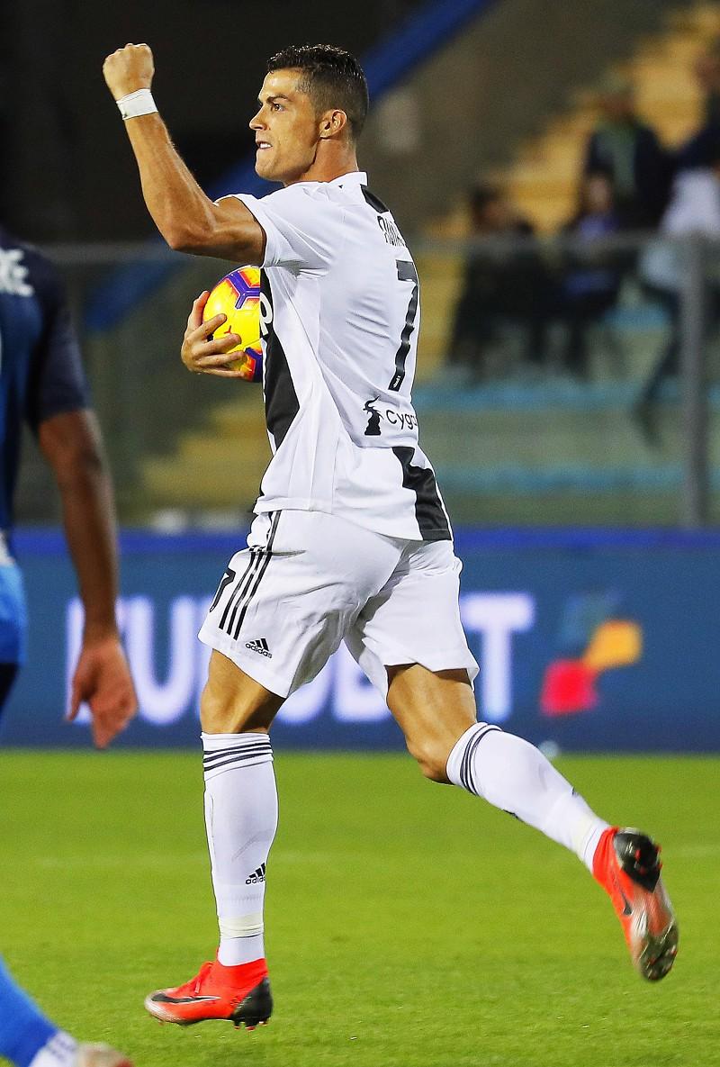 a3897e8b9 VÍDEO  O míssil de Ronaldo que deu a vitória da Juve frente ao Empoli