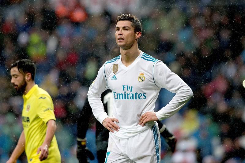 Real Madrid perde com Villarreal e pode ficar a 19 pontos do FC Barcelona 19efc28a99c90