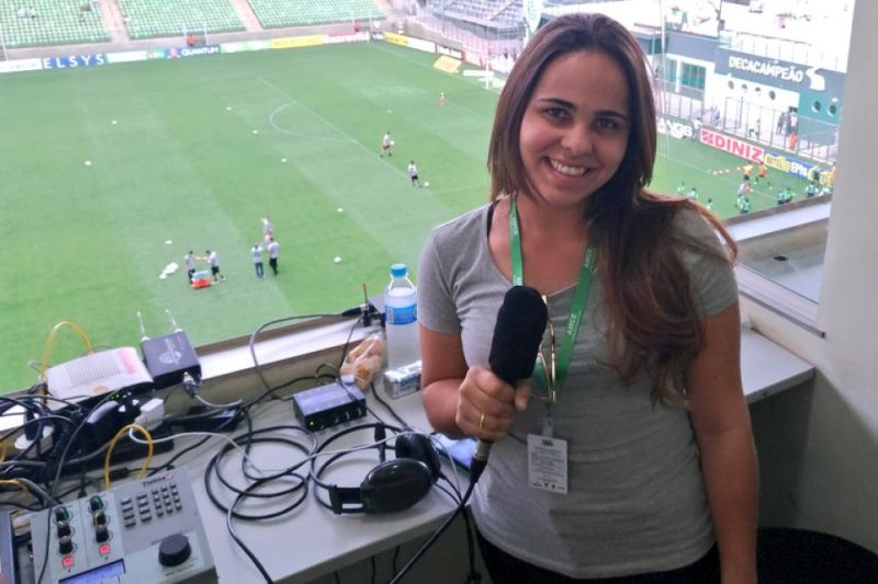 1b51330ed5 Já ouviu um relato de futebol feito por mulheres  Aconteceu no Brasil e é  histórico