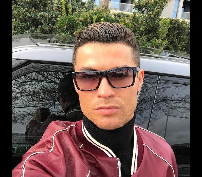 74761a40ec824 Estilo  O amor de Cristiano Ronaldo por óculos - Estilos - SAPO ...