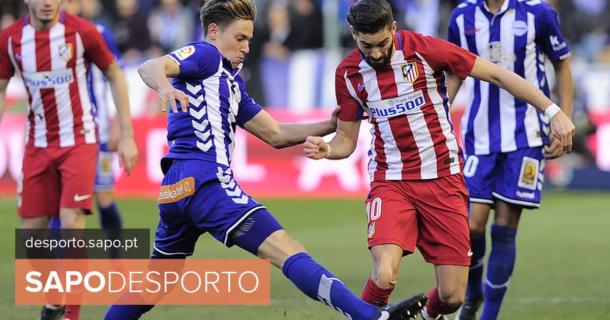 aa749d4af9230 Atlético de Madrid marca passo frente ao Alavés (0-0) - La Liga - SAPO  Desporto
