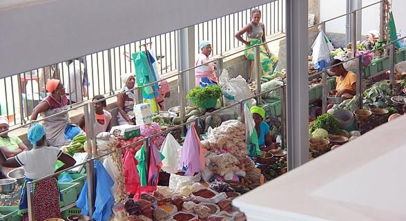 Imagem do primeiro piso do mercado do Platô