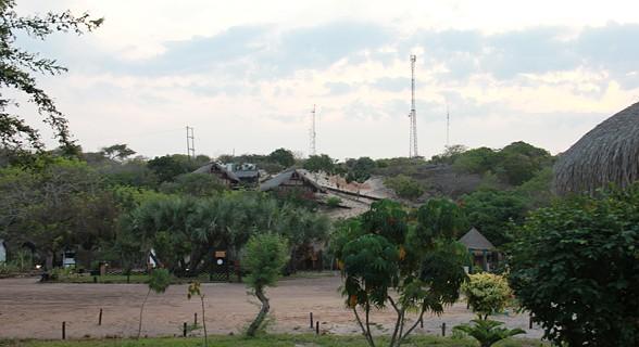 A tranquilidade do Canal de Bazaruto é evidente a qualquer hora do dia (SAPO MZ/ Eliana Silva)
