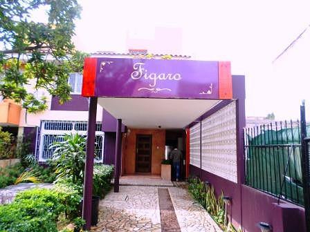 Entrada do restaurante, Avenida Zimbabwe