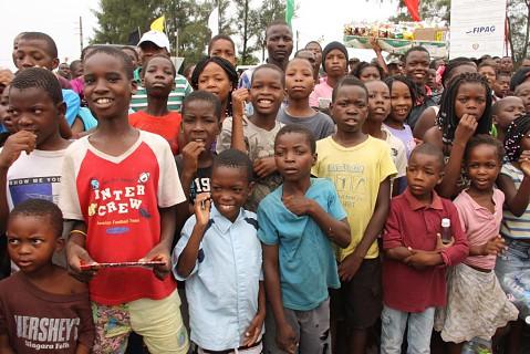 Com 75% de população jovem, Moçambique tem nas crianças toda a construção do seu futuro