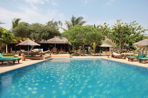 A piscina é um dos ex-libris do Villas do Índico (SAPO MZ/Eliana Silva)