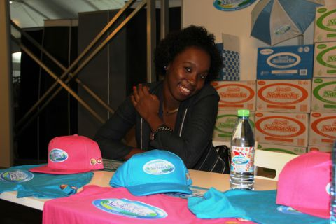 A Água da Namaacha é uma das marcas presentes na feira. SAPO MZ/ Eliana Silva