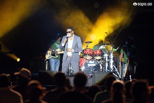 Eddy Tussa deu show de música e de humor