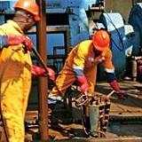 Exportações de petróleo voltam a descer em Junho