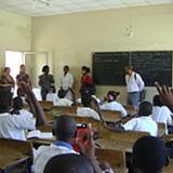 MED pretende atribuir verbas às escolas públicas do país