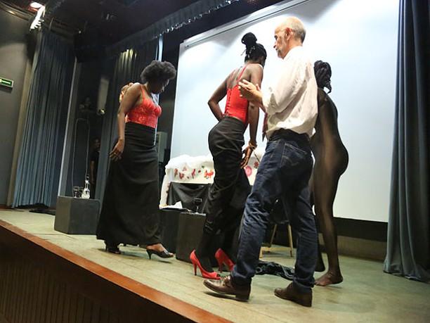 Teatro no Camões: Os meandros da afirmação do Elinga, Oásis e Horizonte