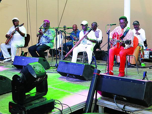 Instituto Goethe faz cinco anos a ligar Angola e Alemanha Conjunto Angola 70 encerra festival de Berlim