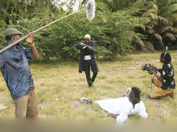 Anos dois mil sucessos e decadências do cinema angolano