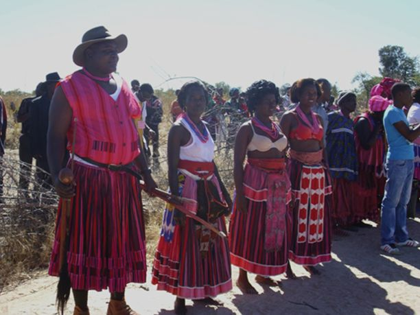 Edano Lengombe: Ritual do gado do povo Ambó