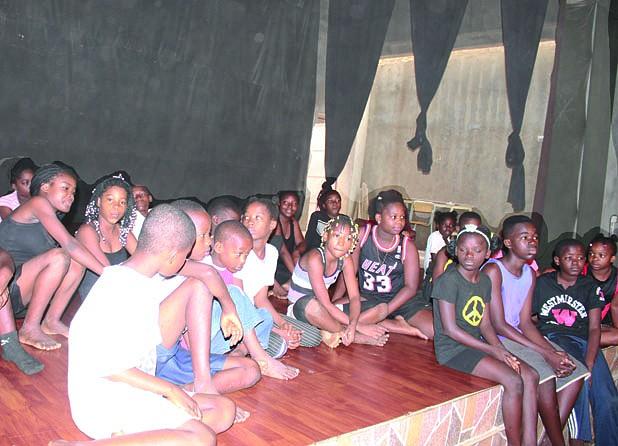 8 de Janeiro: Sonhos angolanos em palco