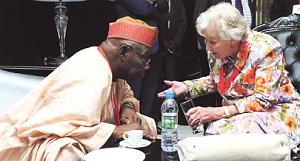 Anstee e Obasanjo pagos  para exaltar   JES