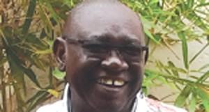 Angolano doutorado com distinção
