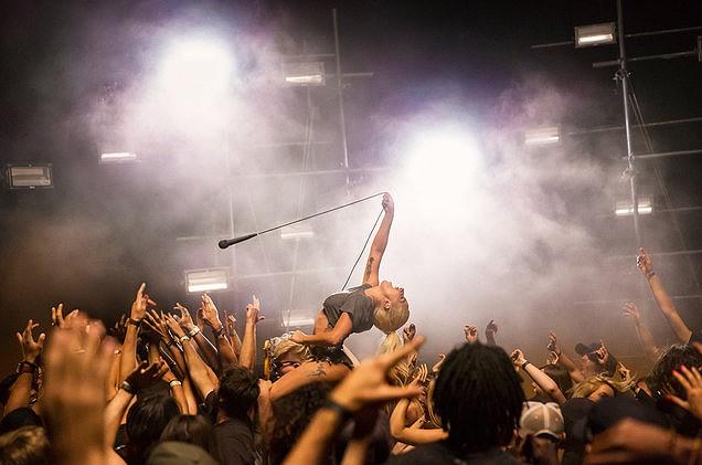 Lady Gaga diz que o àlbum novo está pronto