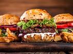 Hamburgola: Do clássico ao tradicional hambúrguer em Luanda