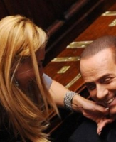 Berlusconi de saída
