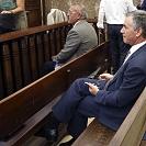 À espera da sentença