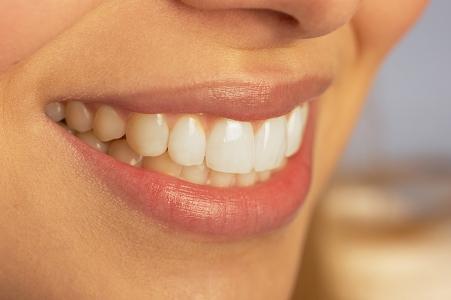 11 - Ria e sorria mais. Logo pela manhã. Antes ou depois de sair da cama. Faça ou pense em algo que associa a felicidade, alegria, satisfação, bem-estar. Rir e sorrir mais dar-lhe-à maior equilíbrio emocional e bem-estar.