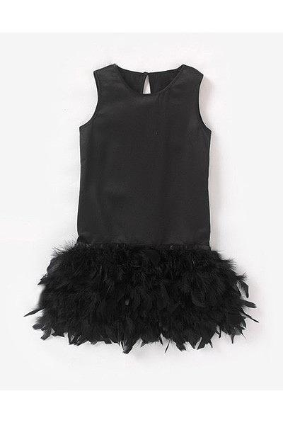 O vestido mais giro da festa é o teu! Todos te vão dar os parabéns pelo maravilhoso vestido! Vestido La Redoute.