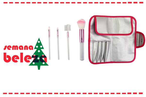 O melhor kit de maquilhagem pode ser encontrado na Toys r Us. Tem tudo o que precisas para a maquilhagem perfeita.