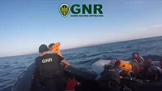 GNR resgata 49 crianças na Grécia
