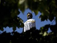 """Lisboa: Estátua de Camões ganhou um novo """"look"""""""