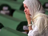 Srebrenica: Lembrar as vítimas de genocídio 17 anos depois