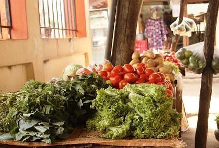 Mercado do Peixe. Também se vendem produtos para acompanhamento.