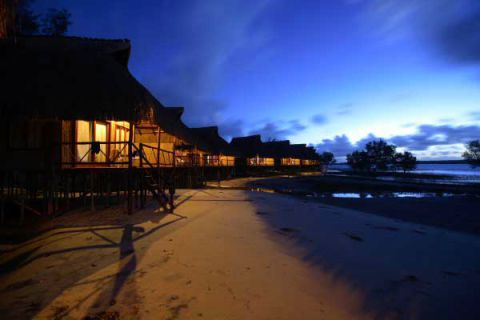 Pomene Barra Lodge