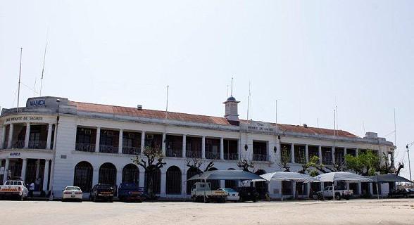Casa Infante Sagres - Praça Infante de Sagres.