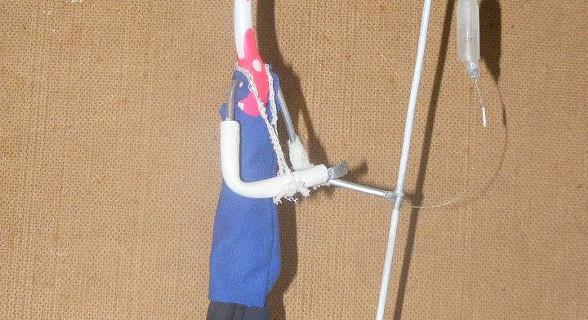Arte com escova de dentes - Doente