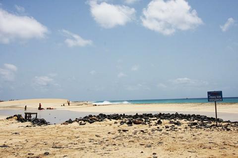 Praia de Ponta Preta, a cerca de 20 km da cidade de Santa Maria