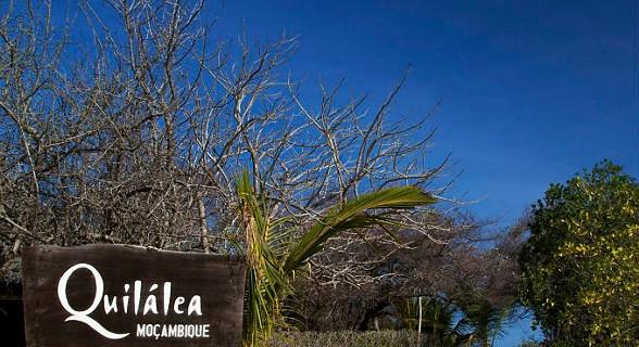 Chegada a Azura na ilha de Quilálea