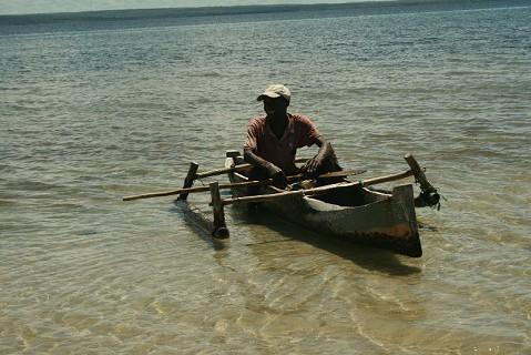 Faina da pesca na Praia dos Pescadores - Pemba