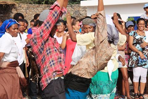 Kola San Jon na abertura da FAMISA.