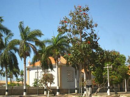 Cidade situada no planalto da Huía a sul de Angola